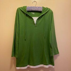Green and white basic edition Hoddie shirt 💚